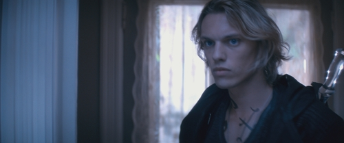 "Cassie's sneak-peek of the new ""City of Bones"" trailer!"