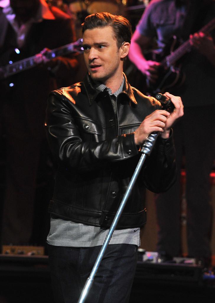 JT Live Performance 20... Justin Timberlake Mirrors