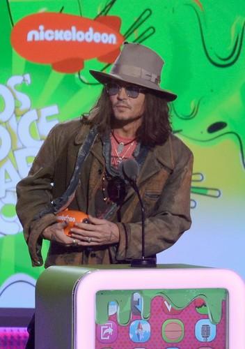 Johnny Depp Kids choice awards 2013