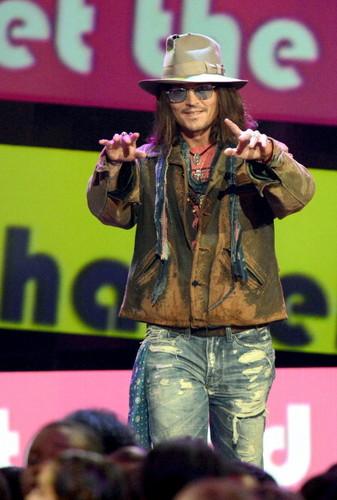 Johnny Depp Won At Kids choice awards 2013
