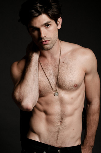 Heiße Schauspieler Hintergrund containing a hunk, a six pack, and skin titled Justin Gaston <3