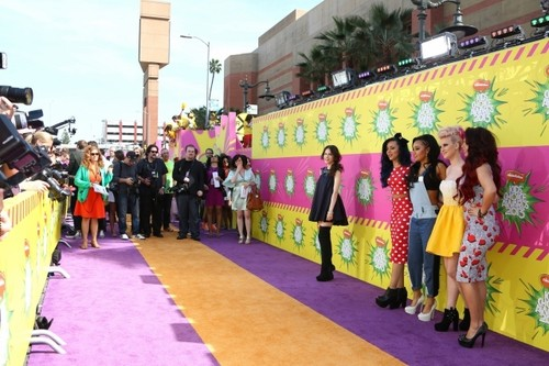 Little Mix at the 2013 KCAs {23rd March}