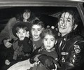 MICHAEL AND THE CASCIO KIDS - michael-jackson photo
