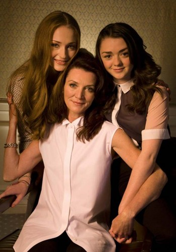 Game of Thrones wallpaper probably with bare legs, a leisure wear, and a well dressed person entitled Maisie Williams, Michelle Fairley and Sophie Turner