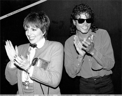 "Michael And Liza Minnelli At The Performance Of ""Phantom Of The Opera"" Back In 1988"