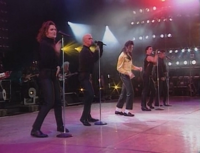 Michael Jamming With His Backup-Singers During The Dangerous Tour