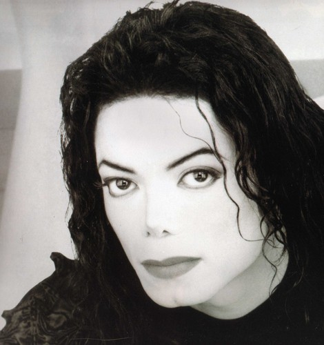 Michael Jackson wallpaper possibly containing a portrait titled Michael