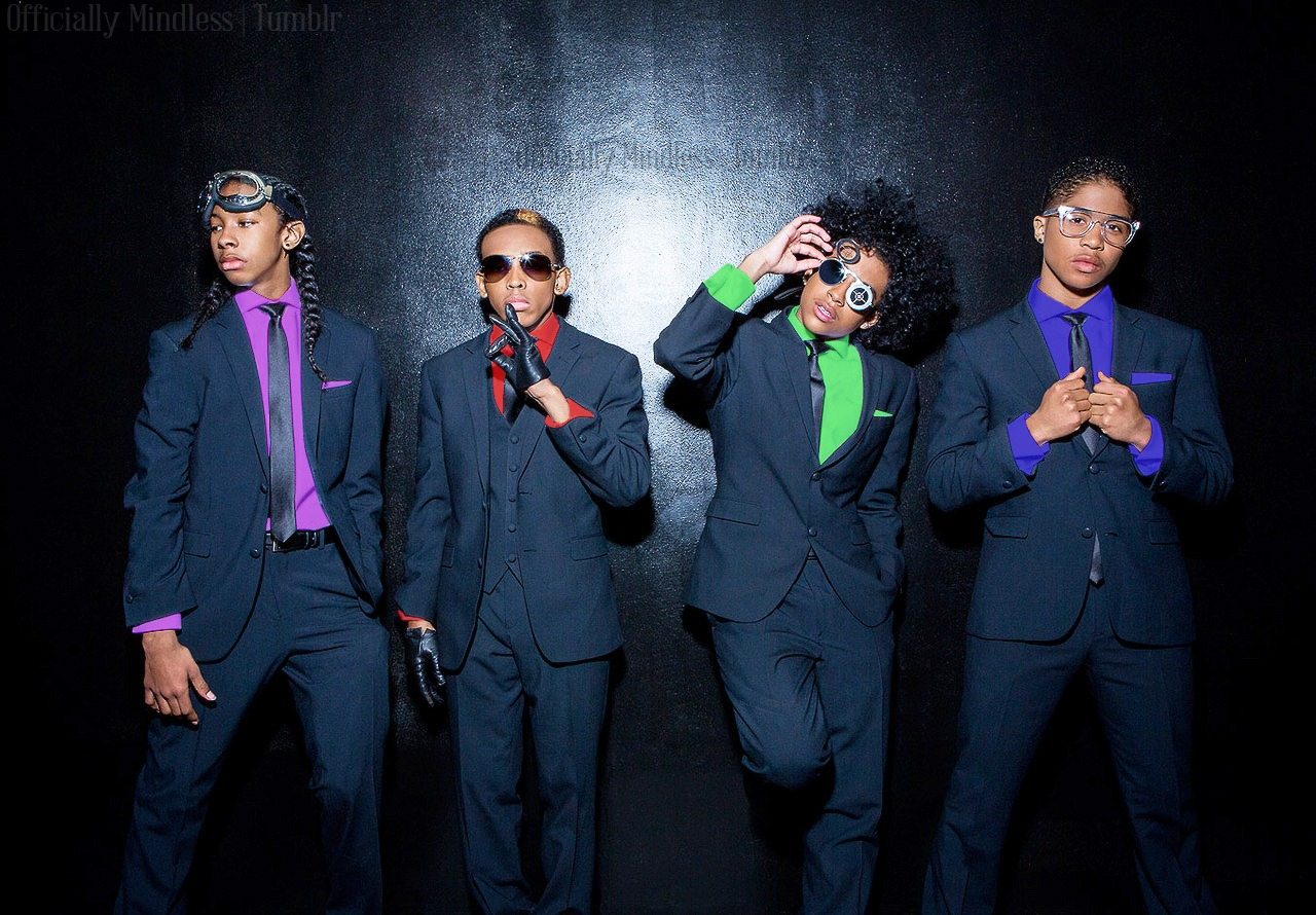 Mindless Behavior in their favorite colors!!!!! :D XO ;D :) ;) <33333333 ;*