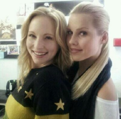 New personal foto - Candice & Claire Holt on set of TVD.