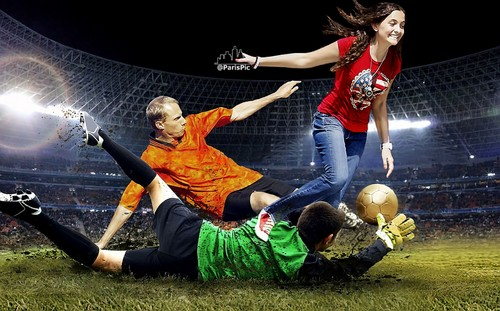 Paris Jackson Football Bola sepak Sport Ball (@ParisPic)