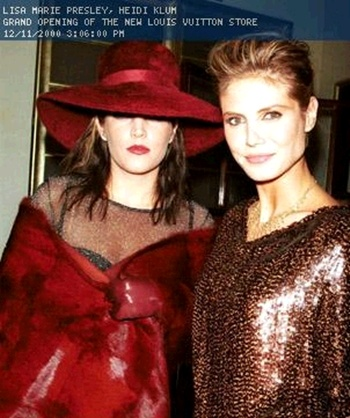 Lisa Marie Presley fond d'écran with a surcoat, surcot called Rare LMP