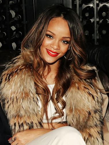 Rihanna..♥