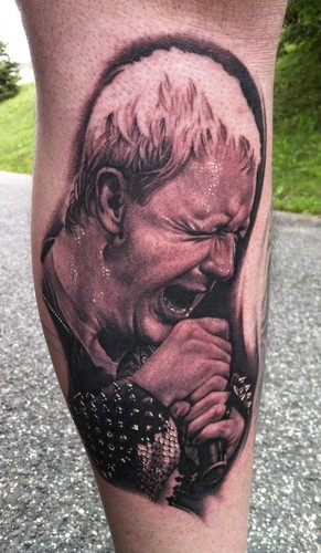 Judas Priest fond d'écran entitled Rob Halford - tattoo