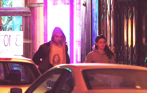 Rob and Kristen out in LA - 22nd March 2013