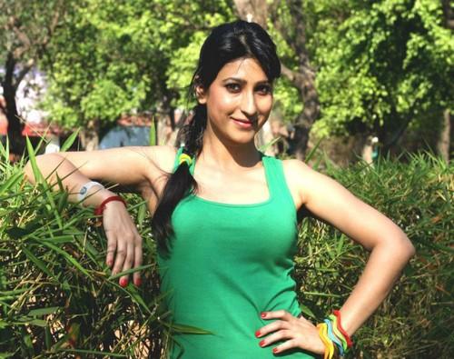 Urvashi Chaudhary фото