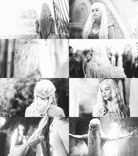 Game of Thrones wallpaper probably containing a fountain called Daenerys Targaryen + Hair Porn