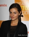 phoebe - phoebe-tonkin photo