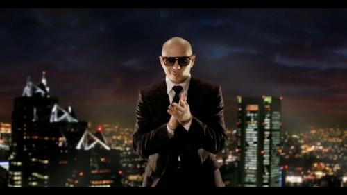Pitbull Rapper Wallpaper Containing A Concert Entitled PitbullInternational Love