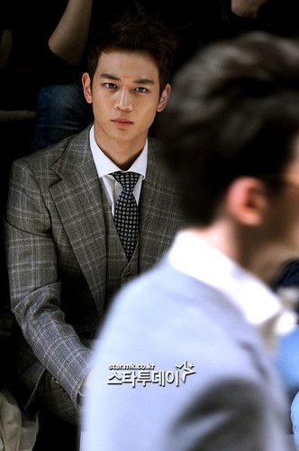 Choi Minho wallpaper containing a business suit and a suit entitled ★MINHO★