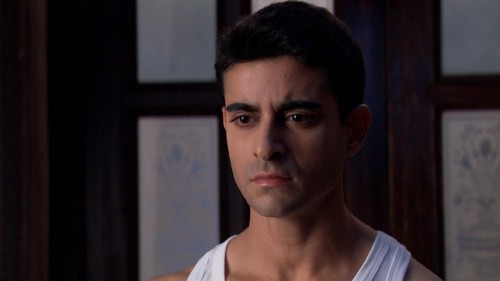 Saraswatichandra (TV series) wallpaper with a portrait titled  Saras