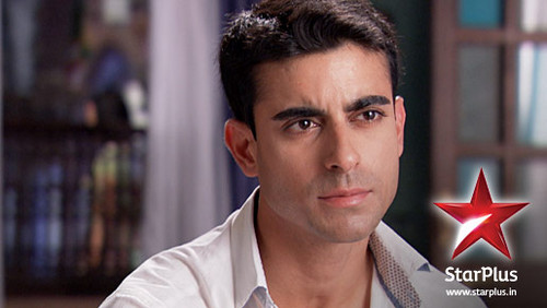 Saraswatichandra (TV series) karatasi la kupamba ukuta probably containing a portrait titled Saras