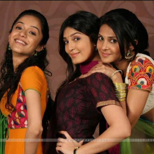 Saraswatichandra Cast