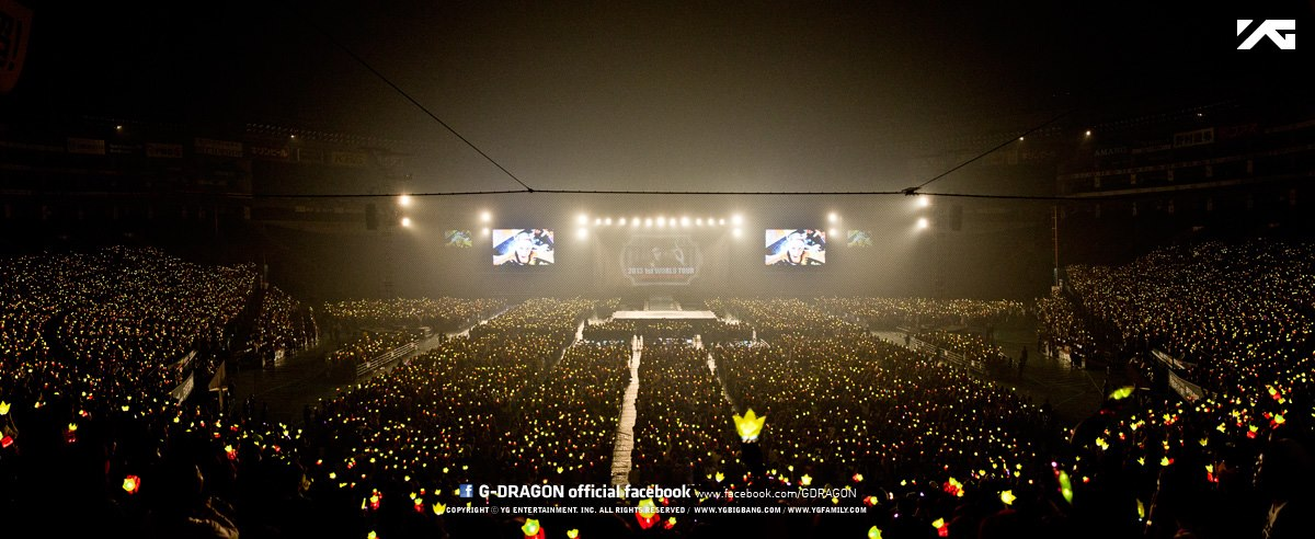 2013 1st WORLD TOUR G-DRAGON [ONE OF A KIND] コンサート in Fukuoka, 日本 (April 6th, 2013)