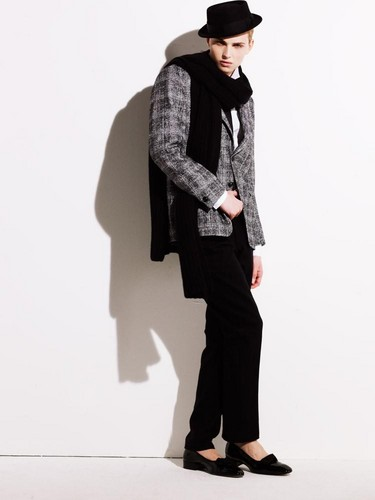 andrej pejic Hintergrund with a business suit, a well dressed person, and a suit titled Apropos Spring/Summer 2010