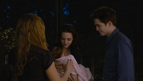 Bella meets Renesmee
