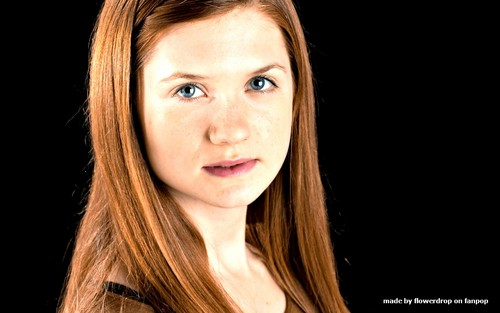 Bonnie Wright wallpaper with a portrait entitled Bonnie Wright Wallpaper