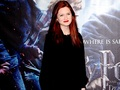 Bonnie Wright Wallpaper  - bonnie-wright wallpaper