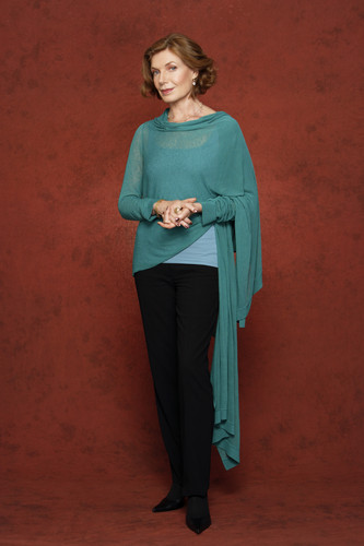 Castle Season 1 Cast Promo Photos - susan-sullivan Photo