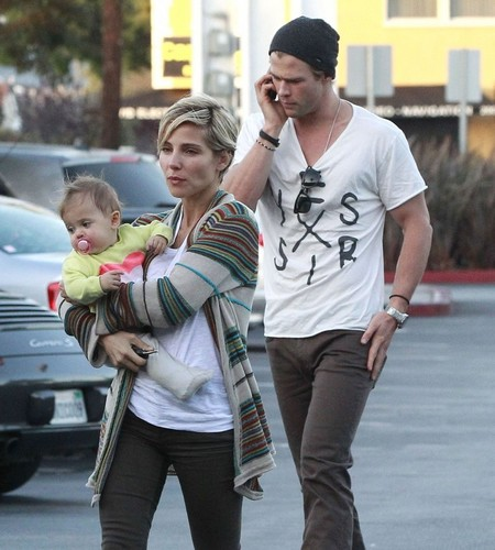 Chris Hemsworth & Family