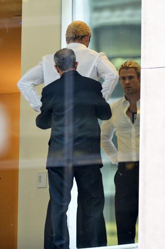 Chris Hemsworth and Elsa Pataky in Midtown
