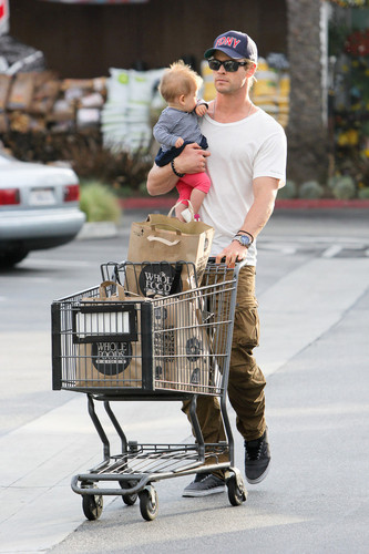 Chris Hemsworth and His Daughter