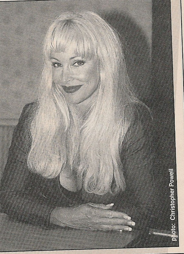 Debra - New Wave Wrestling - Nov 99'