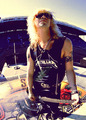 Duff McKagan - guns-n-roses photo