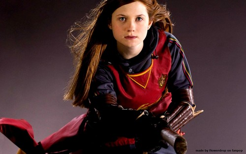 Harry Potter wallpaper probably with a concert titled Ginny Weasley Wallpaper