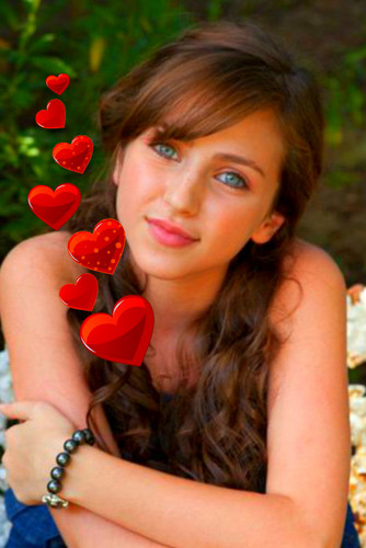 corazón Throb Girl
