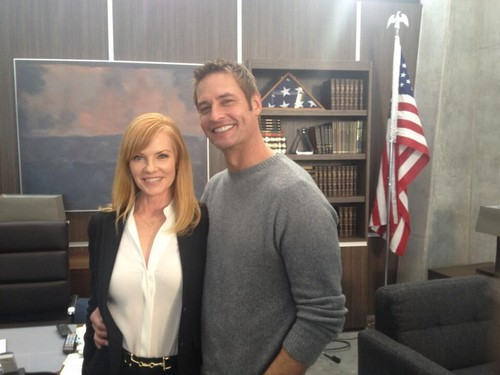 "Josh Holloway with Marg Helgenberger filming ""Intelligence"" march 2013"