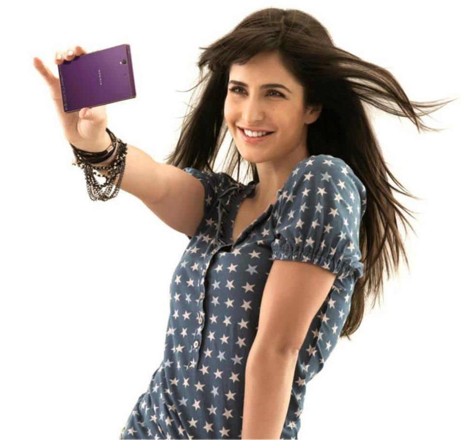 http://images6.fanpop.com/image/photos/34100000/Katrina-Kaif-katrina-kaif-34125408-960-908.jpg