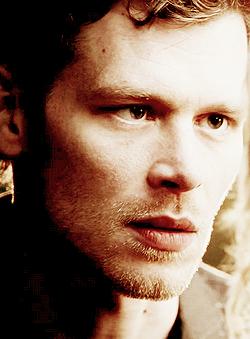 Klaus and Caroline 4.17