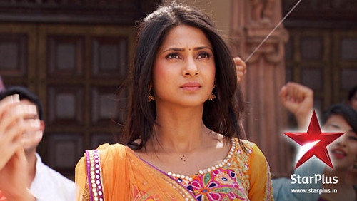 Saraswatichandra (TV series) karatasi la kupamba ukuta with a portrait titled Kumud