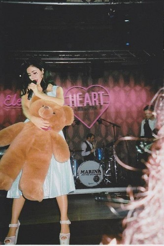 मरीना and the Diamonds