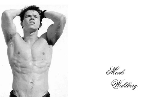 Mark Wahlberg Обои with a six pack and a ломоть titled Marky Mark