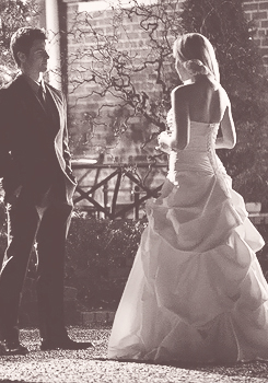 New Elijah and Rebekah 4x19 'Pictures Of You' stills