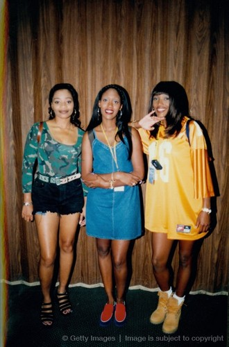 The 90s wallpaper titled SWV