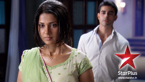 Saraswatichandra (la serie tv) wallpaper probably with a portrait called Saras and Kumud