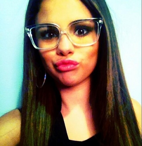 Selena - Personal mga litrato (Social networks)