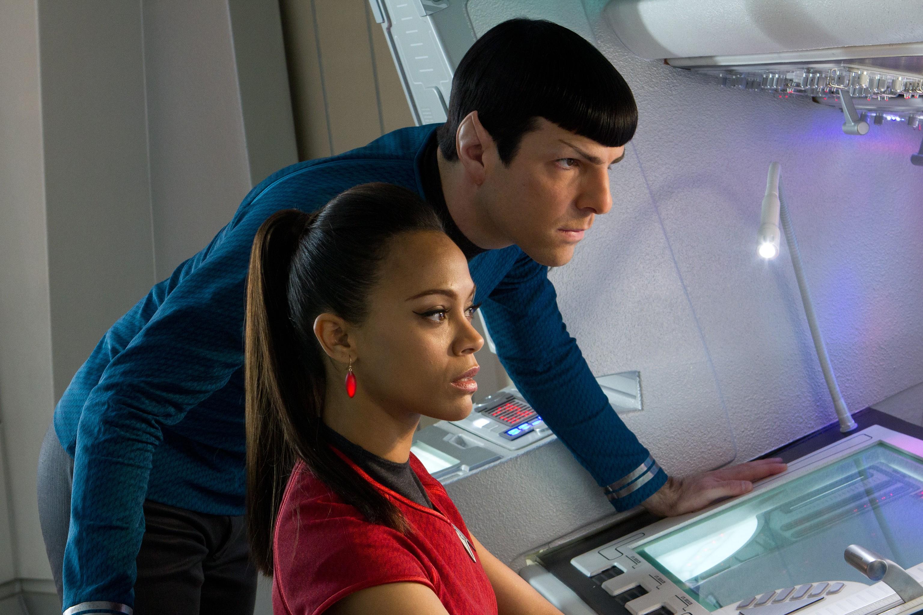 Spock & Uhura Star Trek into darkness HQ